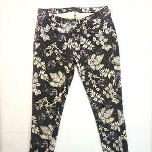 Beautiful Floral Print Legging